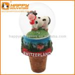 Custom home decoration craft 35mm resin cow globe wine stopper